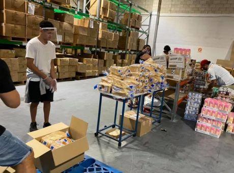 Cailan-volunteering.jpg